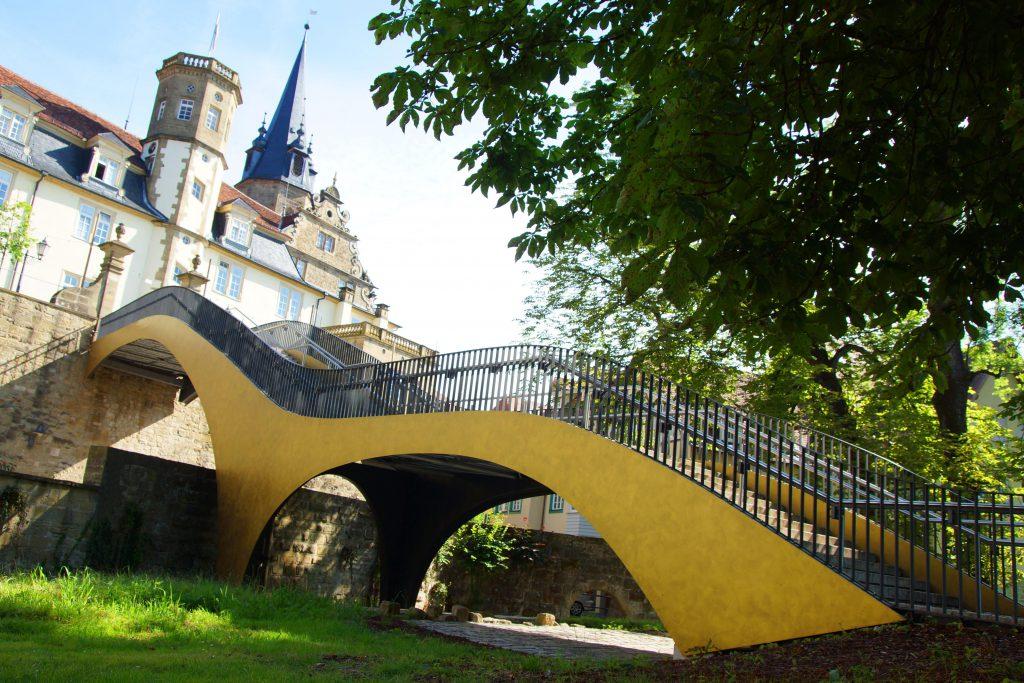 Hofgartentreppe mit Schloss