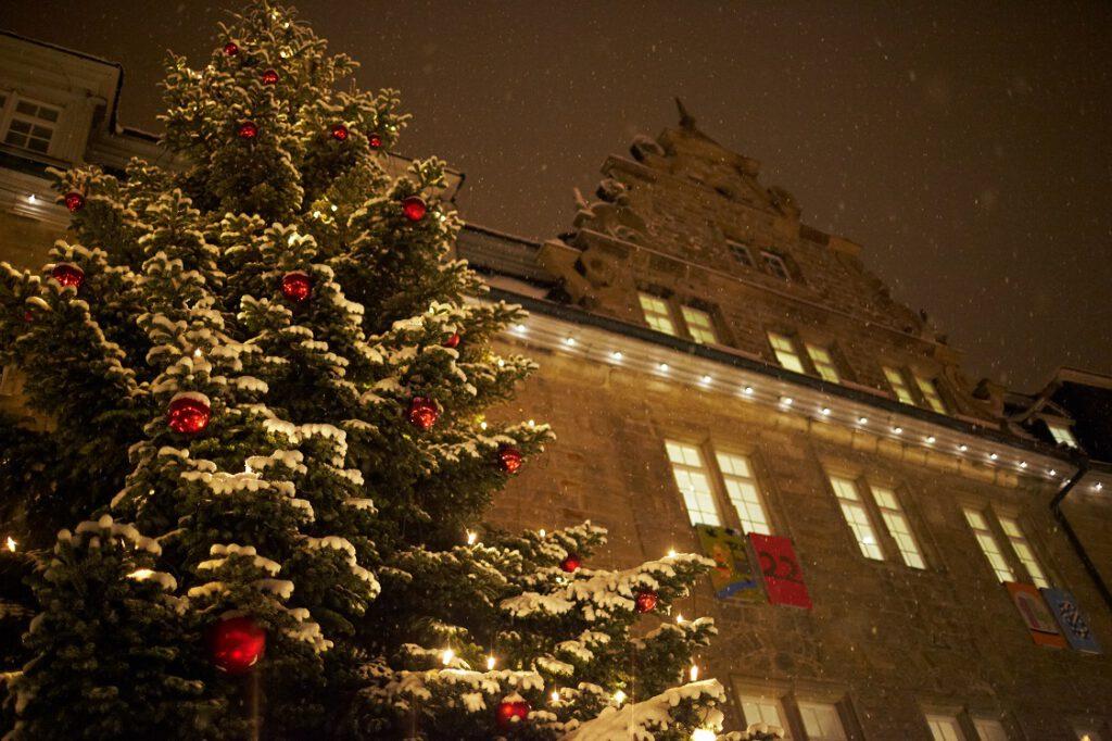 Weihnachten vor dem Öhringer Schloss